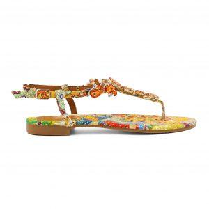 Oranžni sandali s kamenčki