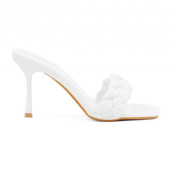 Beli sandali s peto