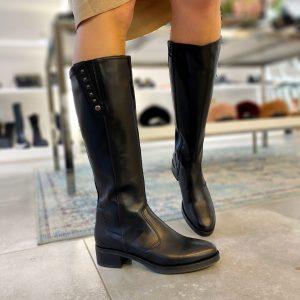 Nerogiardini črni škornji