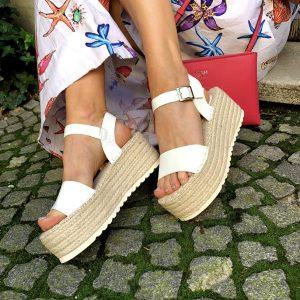 Kharisma beli sandali