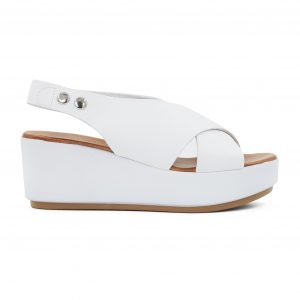 Inuovo usnjeni beli sandali