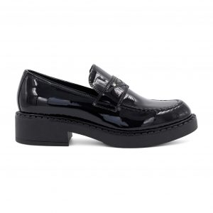 Lestrosa usnjeni črni lakasti čevlji