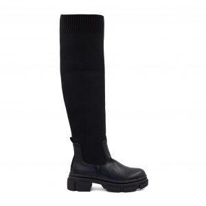 Črni škornji iz umetnega usnja